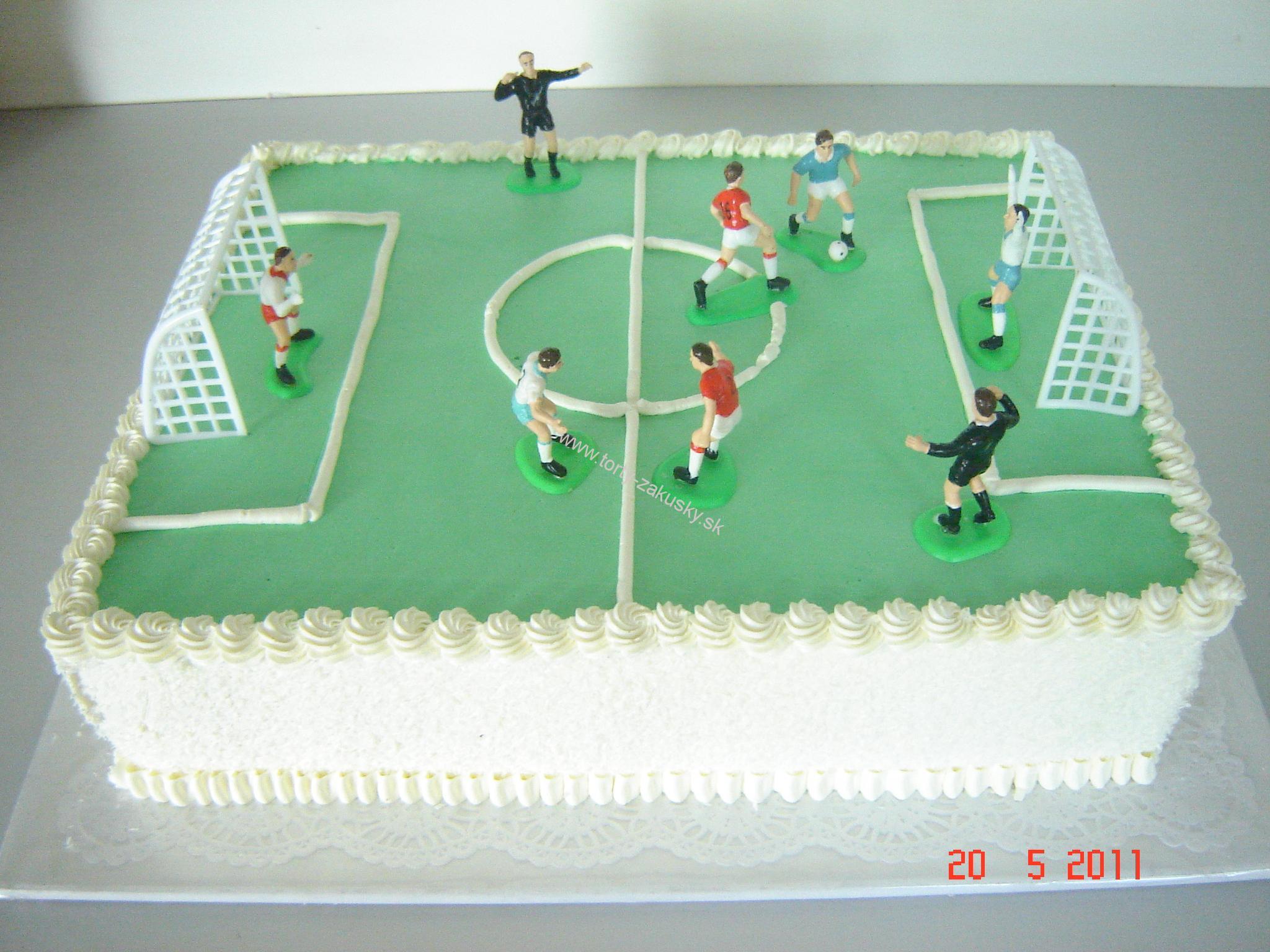 Detská torta futbalové ihrisko